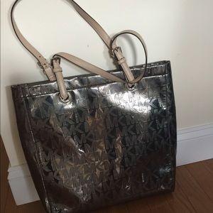 Michael Kors Tote Shopper Handbag